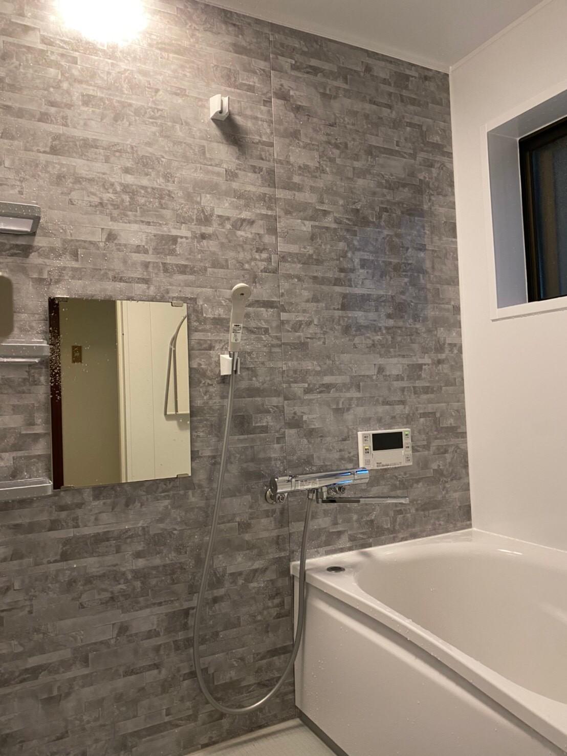 お風呂交換および洗面所の床張替え工事