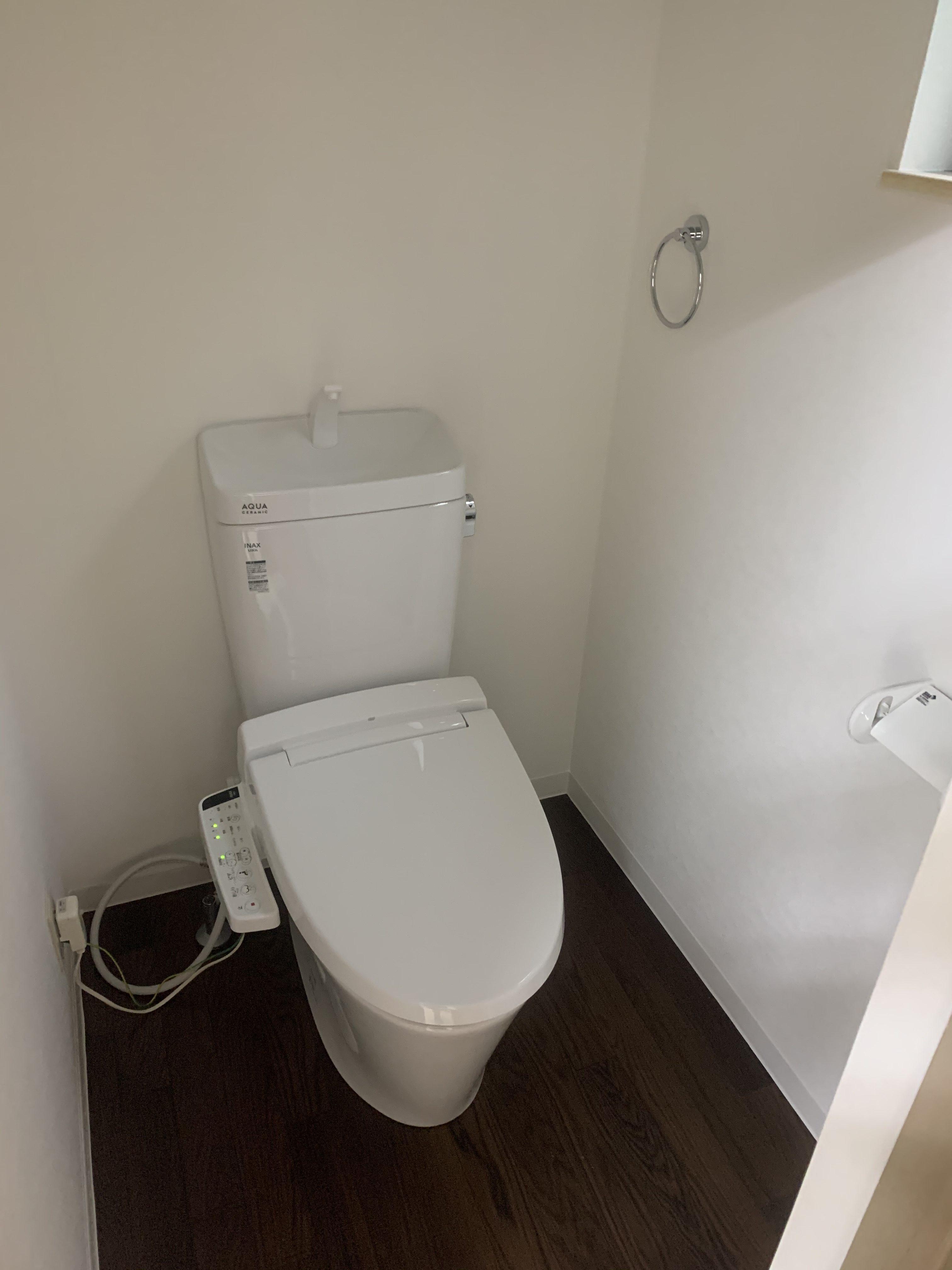 タイル張り和式トイレが洋式トイレに早変わり