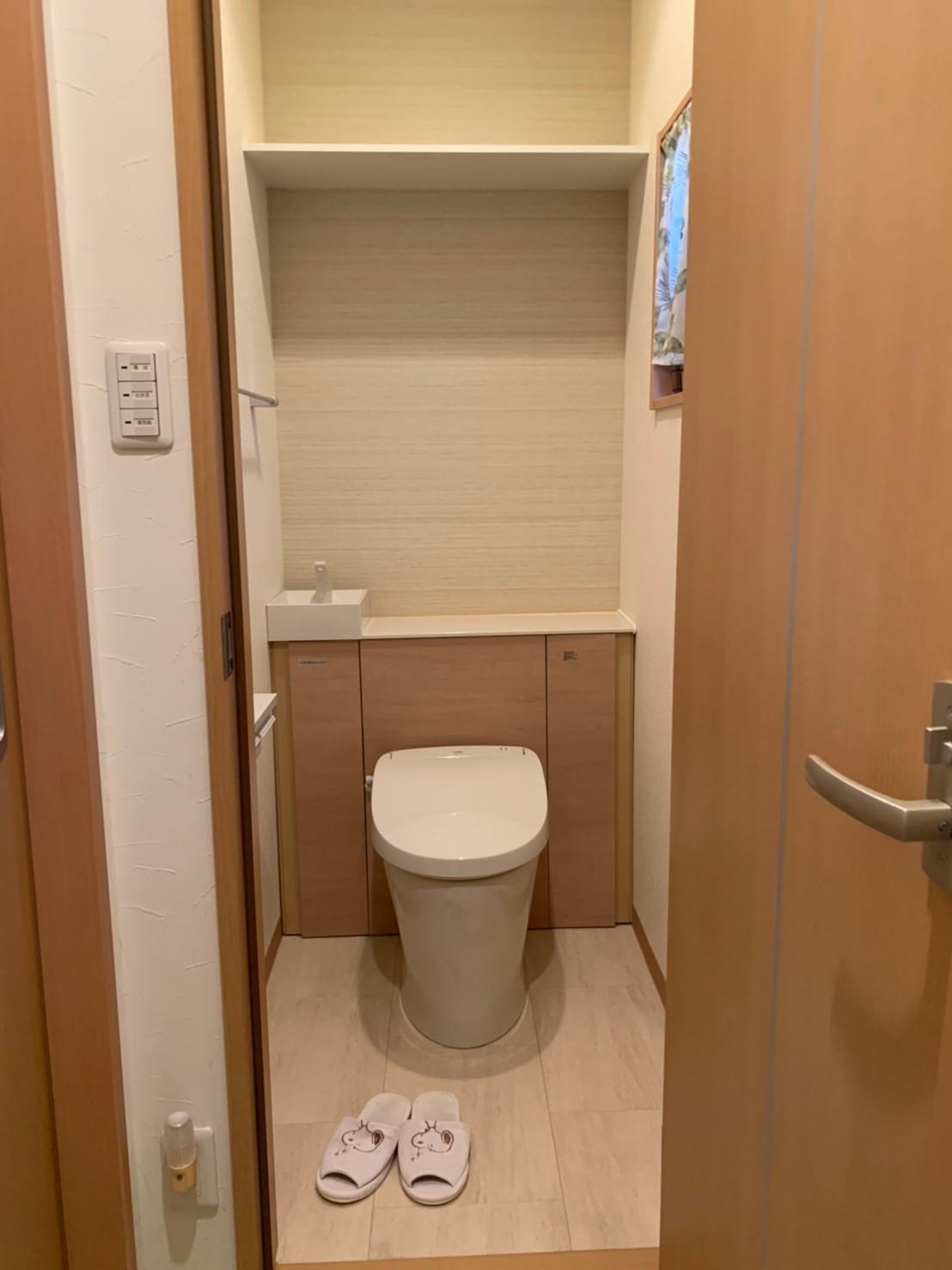 「まいりほ」1番人気のトイレ キャビネット付LIXILリフォレ