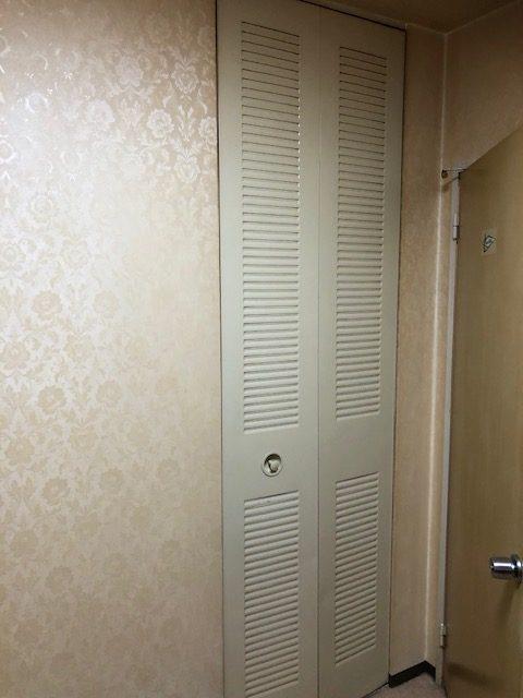絨毯タイプの床をフローリングに お部屋のイメージを一新