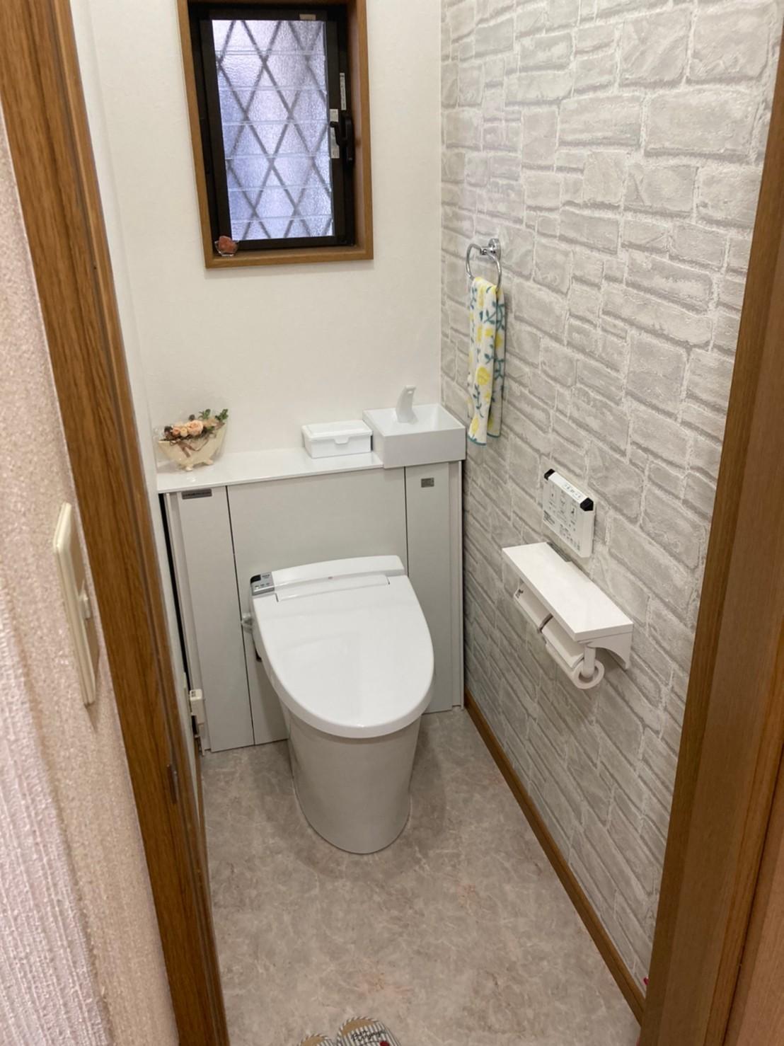 収納付きトイレでスタイリッシュな空間