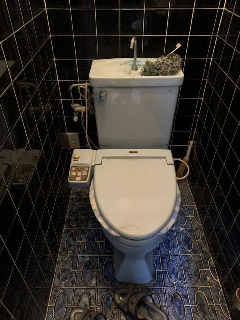 お求めやすい価格で清掃性抜群のトイレ