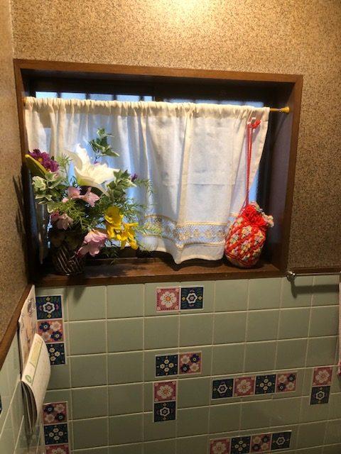 タンクレストイレでお手入れしやすく高級感ある空間に